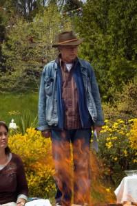 Энди Уэбер на огненной пудже